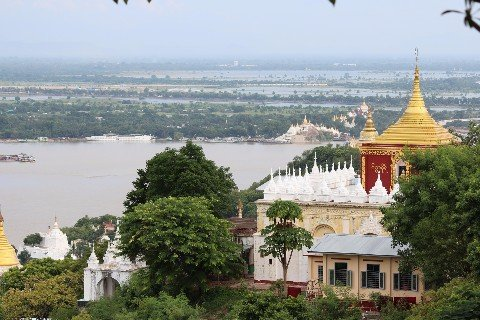 View over the Irrawady River in Mandalay