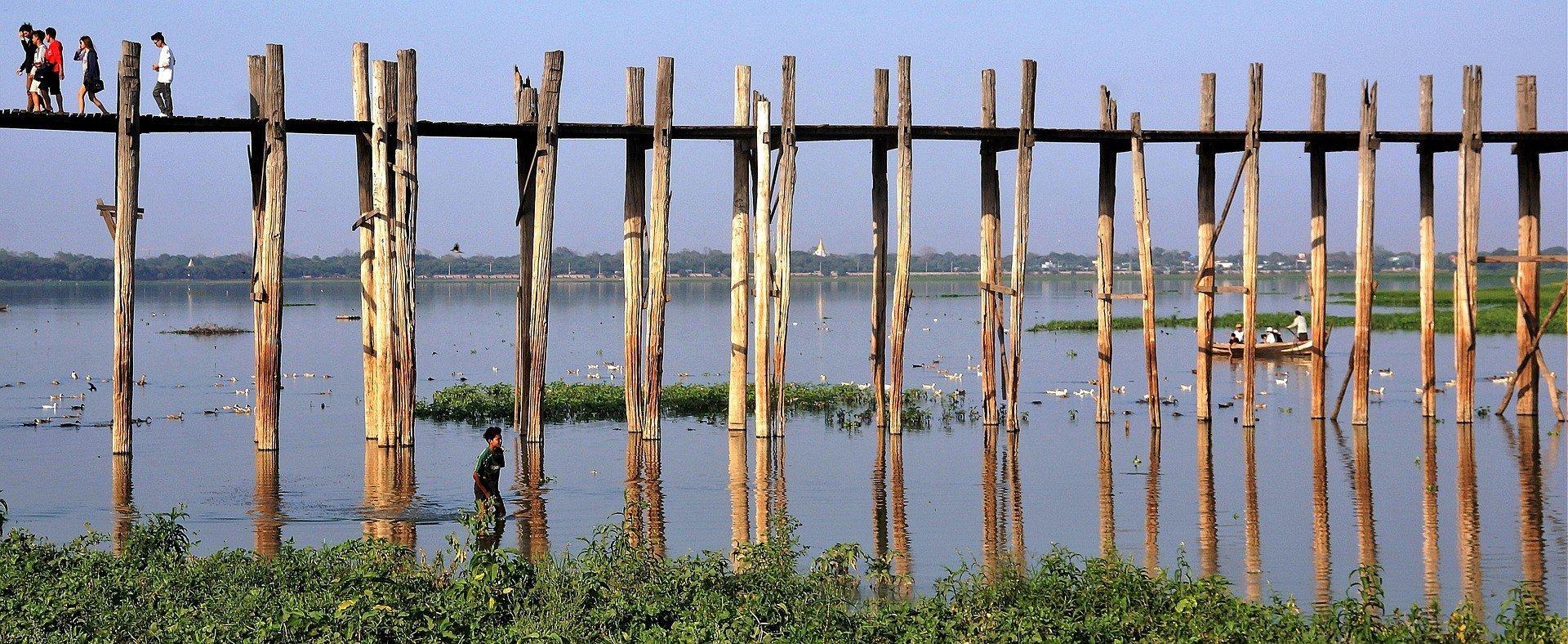 Teak wood support of U Bein Bridge