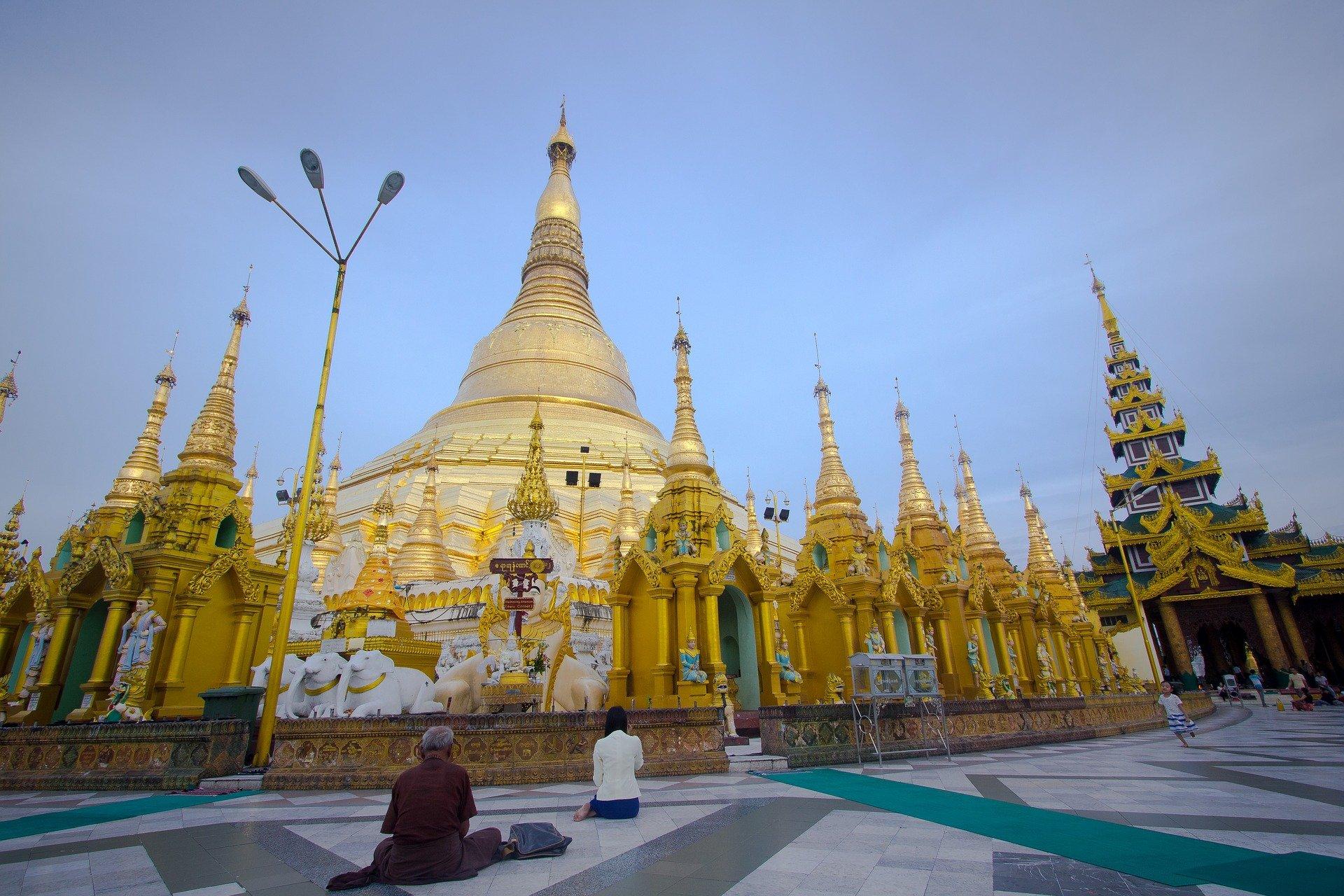 The main stupa at Shwedagon Pagoda