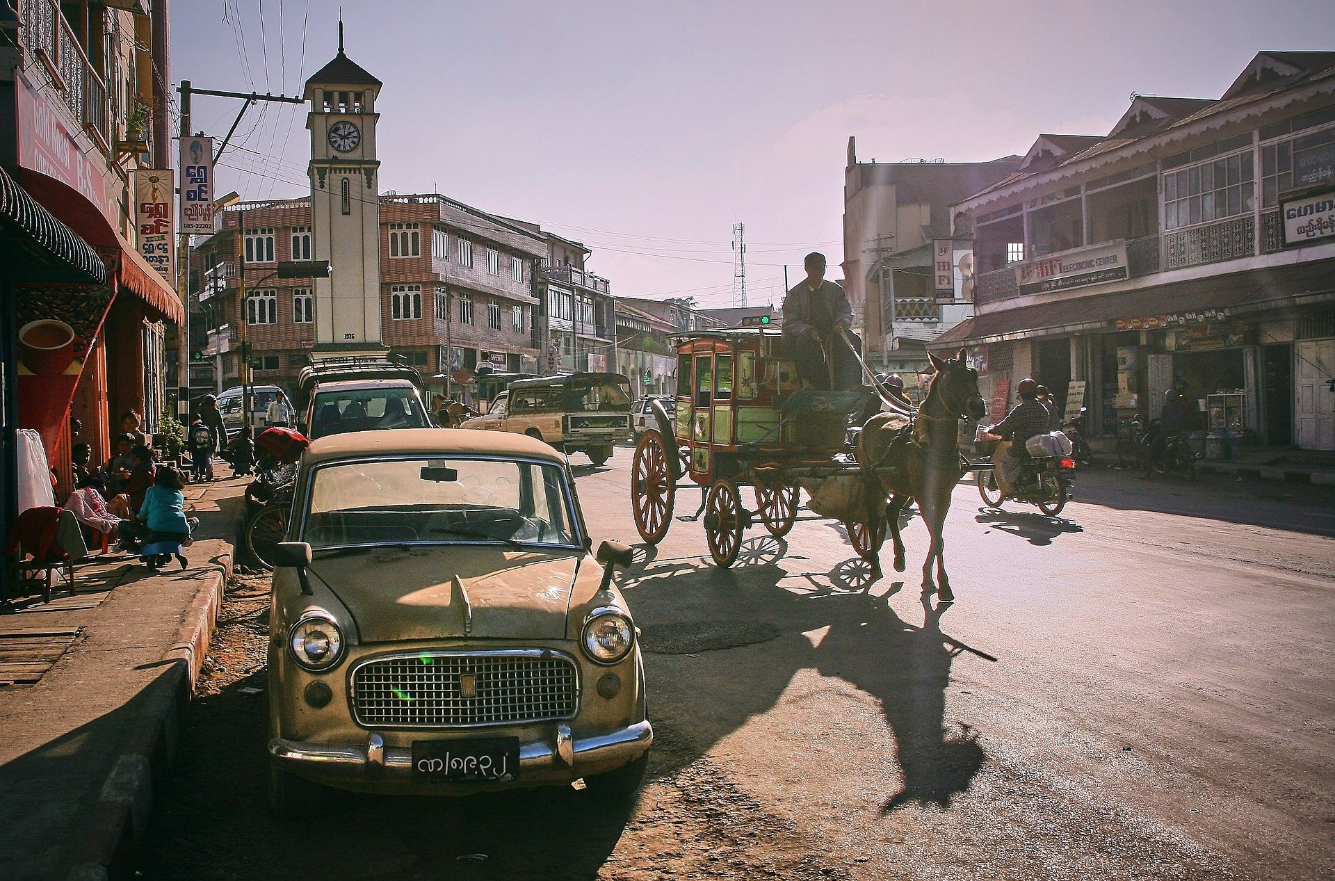 Horse drawn carriage in Pyin Oo Lwin