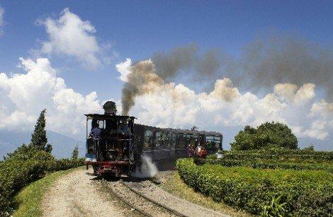 Train on the Kalka to Shimla Railway Line