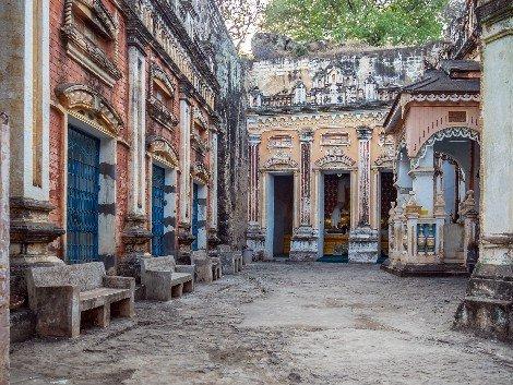 Shwe Ba Taung near Mandalay