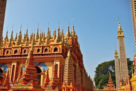 Thanboddhay Pagoda near Monywa