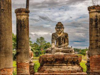 Yadana Hsemee Pagoda Complex near Mandalay